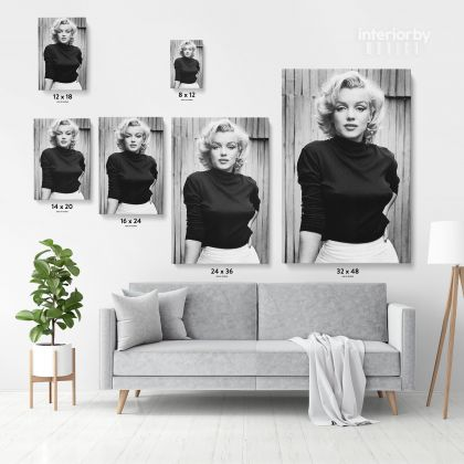 Marilyn Monroe Canvas American Model with black top and white bottom