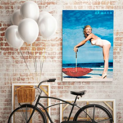 Marilyn Monroe Canvas Beech Photoshoot Sexy Model Singer Nude Photo Poster Print on Canvas Frame Wall Artwork